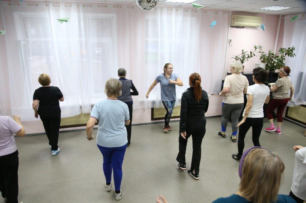 Бесплатные тренировки по зумбе проводятся для пенсионеров в Останкине