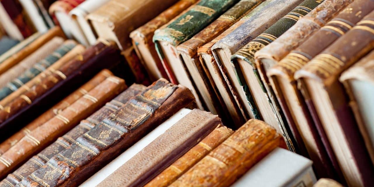 В библиотеке № 60 появилась книга лауреата французской премии «Новый талант»