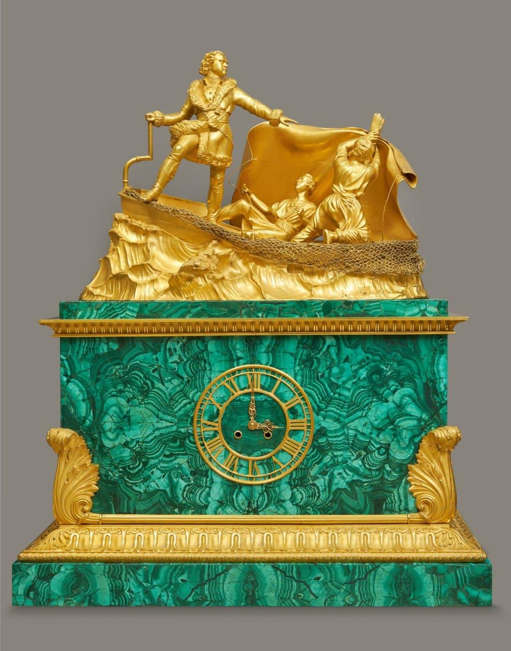 Часы XIX века из музея-усадьбы «Останкино» отреставрировали